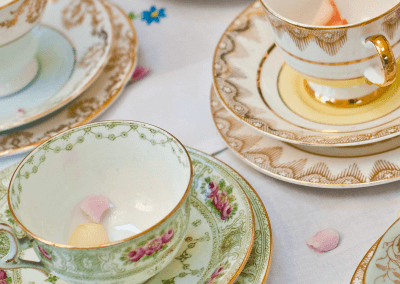 PrettyLittleTrio-Vintage-hire-china1