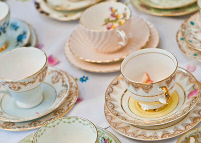 PrettyLittleTrio-Vintage-hire-china2